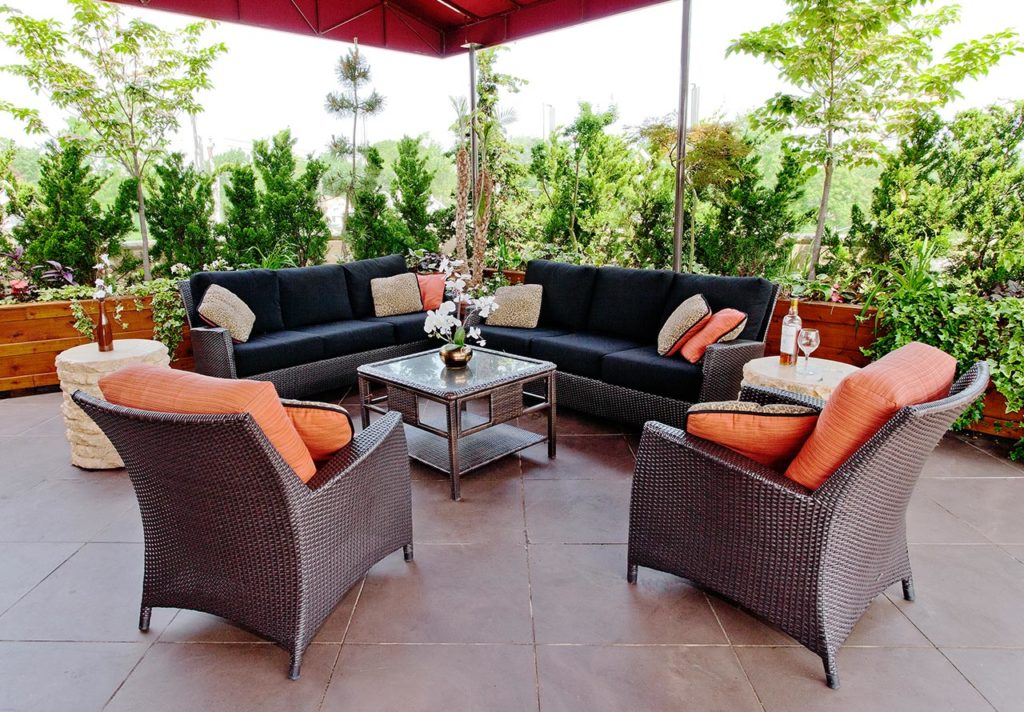 patio professional interior decorator